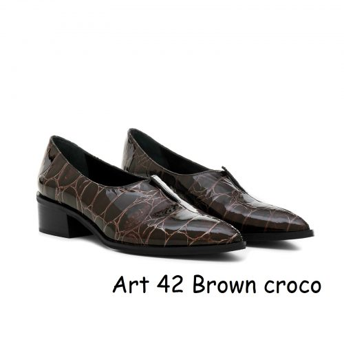 Women Shoes Art 42 Brown